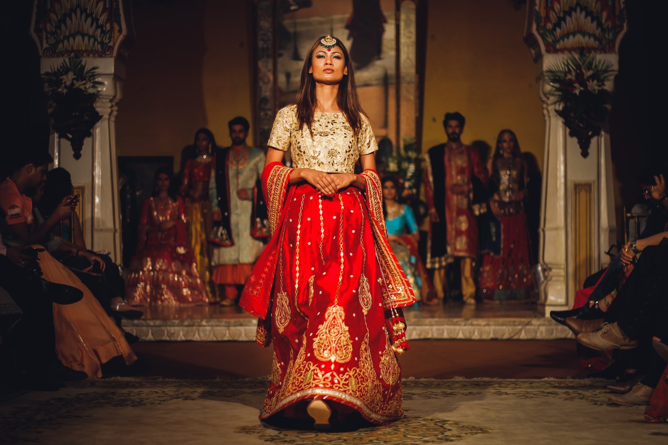 HOW TO BECOME A SOUTH ASIAN FASHION ENTREPRENEUR IN THE WEST?