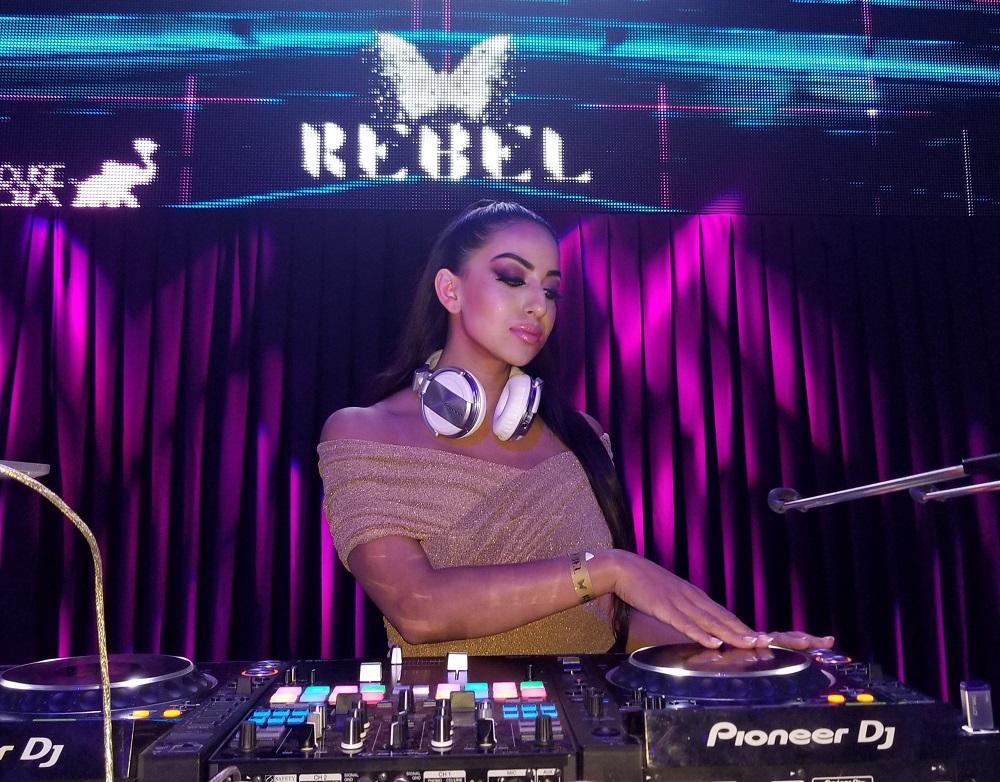 DJ FIZZA